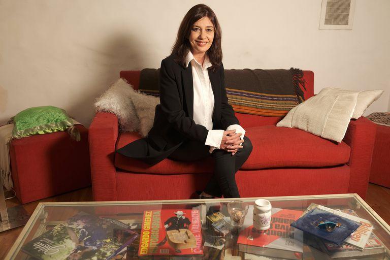 Graciela Guiñazú es la autora de la biografía Sandro de América en la que estuvo basada la serie emitida por Telefe.