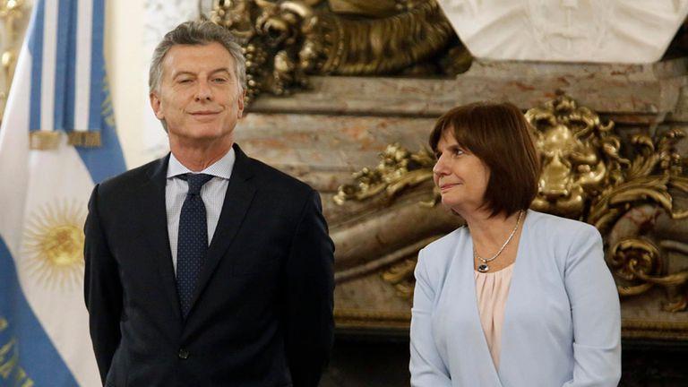 El presidente Mauricio Macri y la ministra de Seguridad, Patricia Bullrich