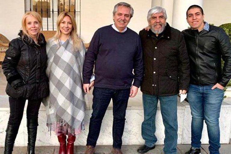 """Alberto Fernández aseguró que, en su encuentro con la familia Moyano, se sacaron el barbijo solo para la foto y que """"no fue toda la reunión así"""""""
