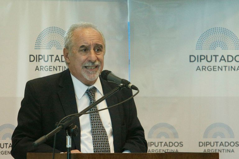 Oscar Botta, director de Profamilia
