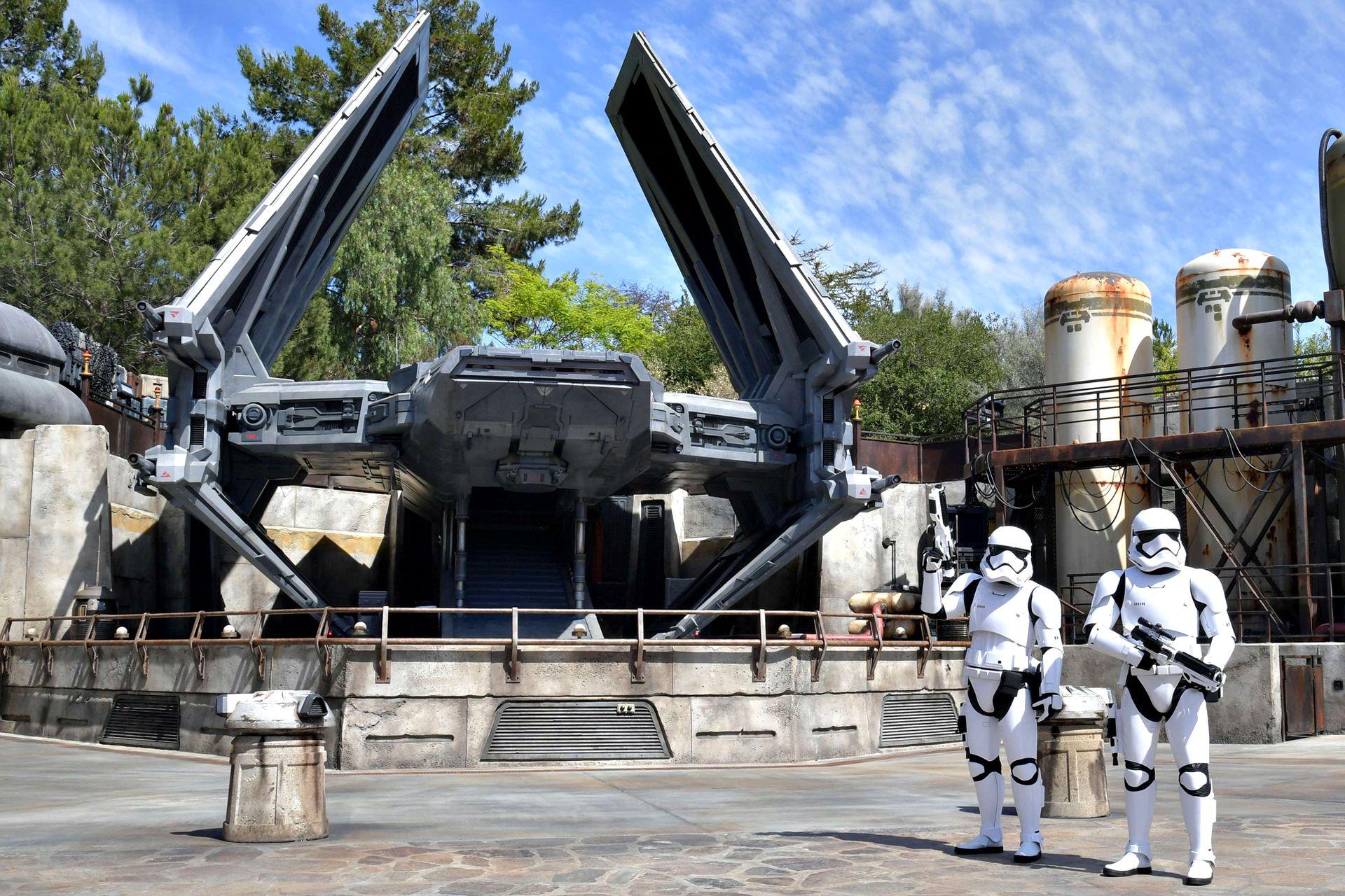 La atracción inspirada en Star Wars está emplazada en un terreno de 6 hectáreas, en Disneyland Park de Anaheim, en el estado de California