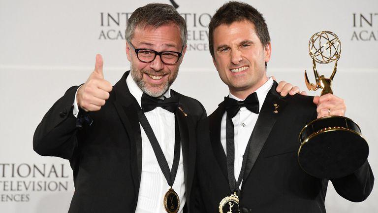 """Julian Rousso y Miguel Brailovsky, los productores ejecutivos de """"Francisco, El Jesuita"""", celebran el triunfo en los International Emmy Awards"""