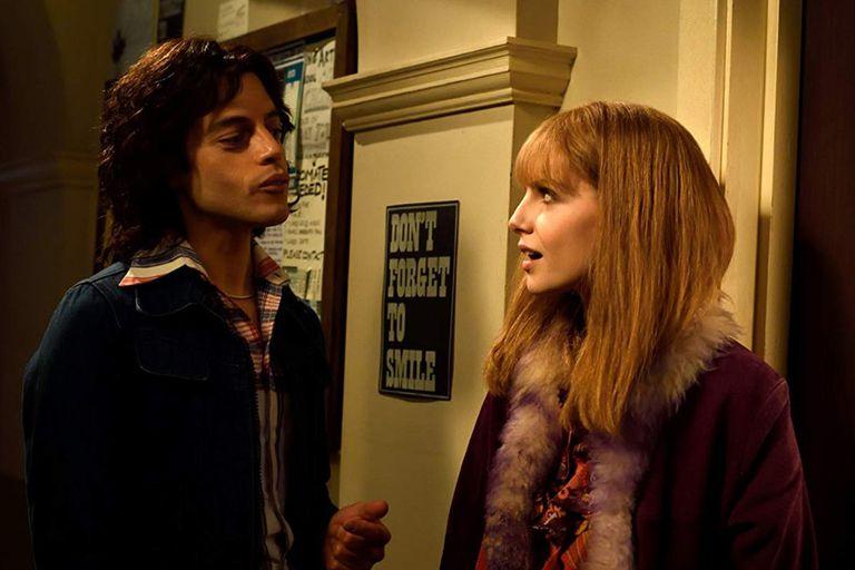 Lucy Boynton como Mary Austin, la novia de Freddie
