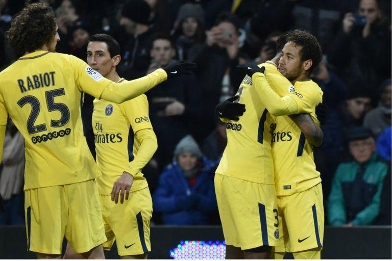 Ángel Di María asistió a Neymar en la victoria de PSG