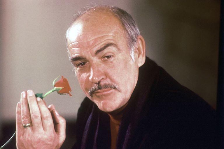 Connery, en 1987, promocionando El nombre de la rosa, uno de sus roles más famosos fuera de Bond, sobre la novela de Eco