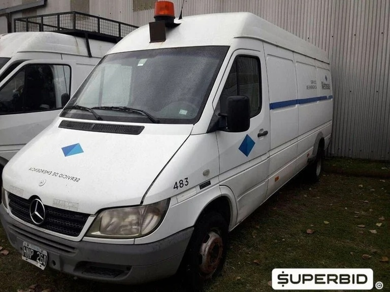 On April 22, Metrogas fielded four Volkswagen Saveiro and two Mercedes-Benz Sprinters manufactured between 2007 and 2009