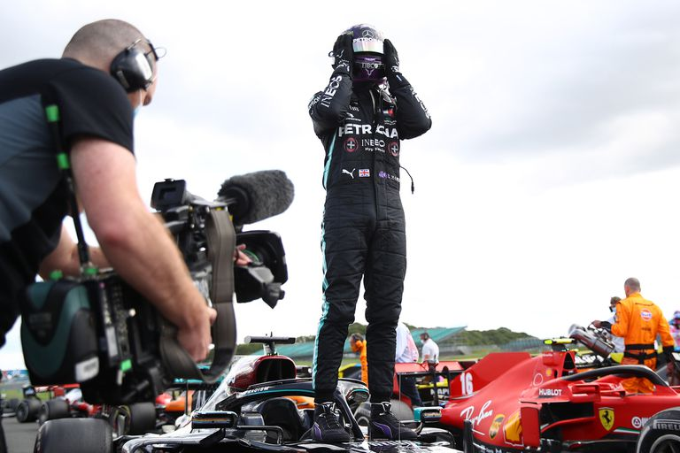 Fórmula 1. Hamilton y el espejo de Schumacher: una carrera loca en Silverstone