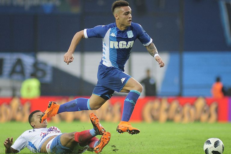 Lautaro Martínez, la carta de gol de la Academia que lucha por un lugar en la Copa Libertadores