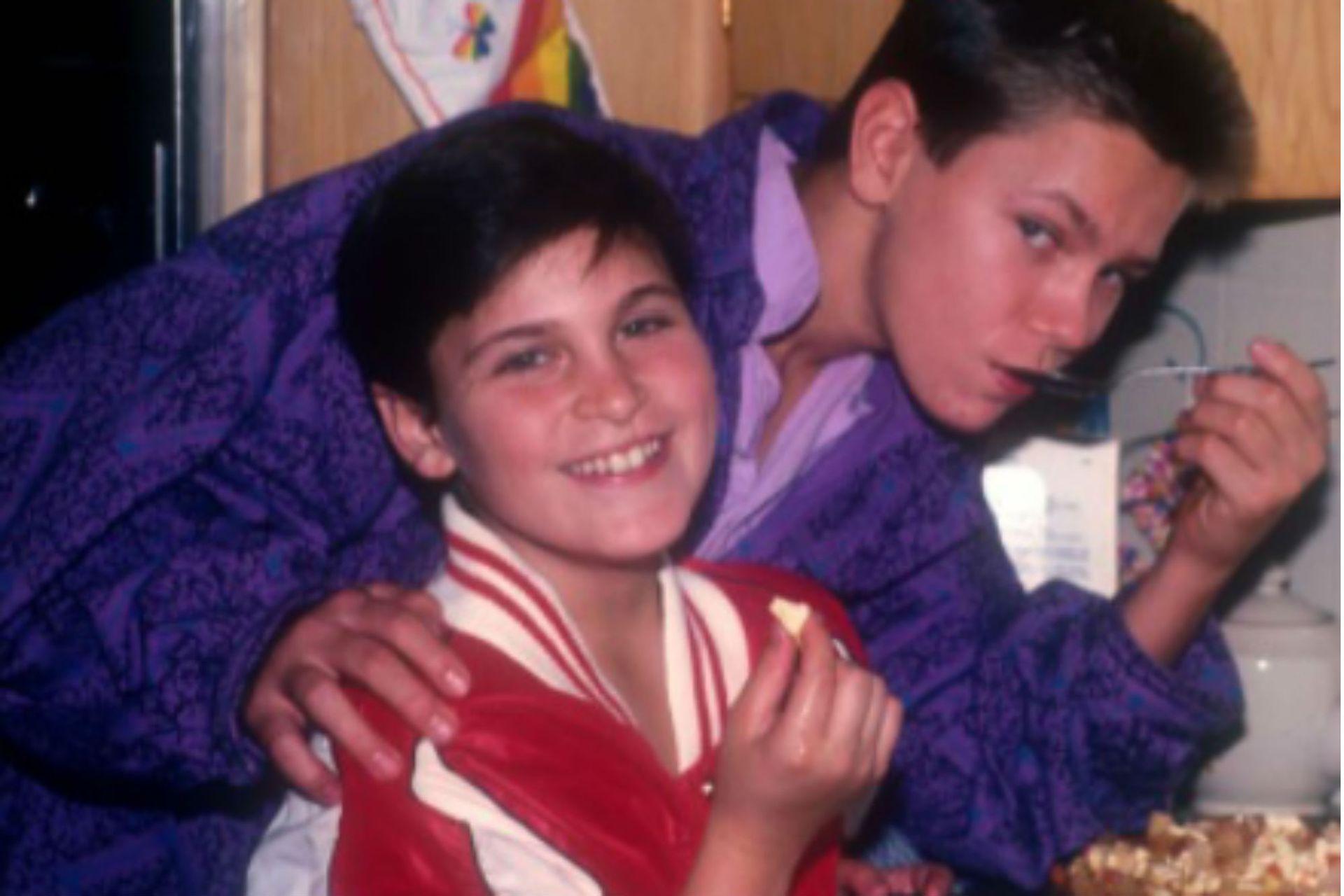Joaquin y River Phoenix en su infancia