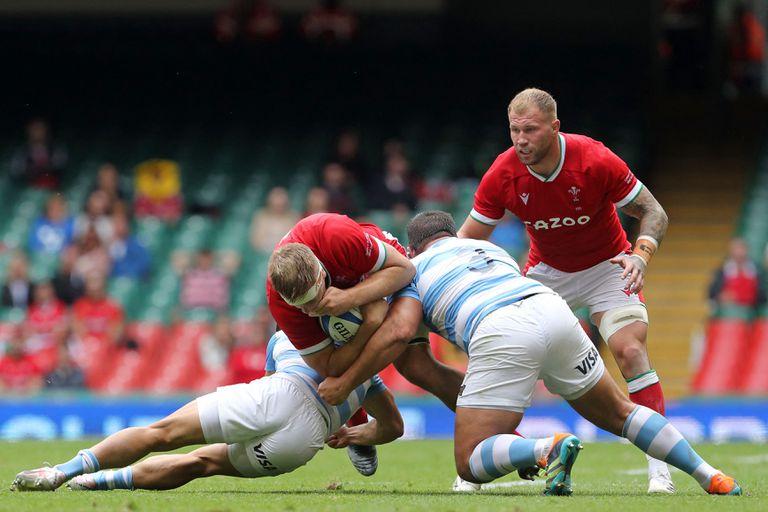 Una imagen del primer encuentro entre los Pumas y Gales jugado en Cardiff