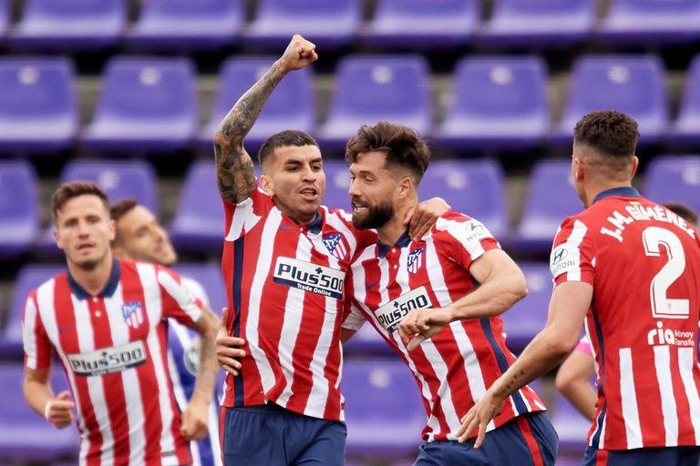 Ángel Correa festeja tras marcar el gol del empate frente a Valladolid; sumó nueve tantos y ocho asistencias en la campaña