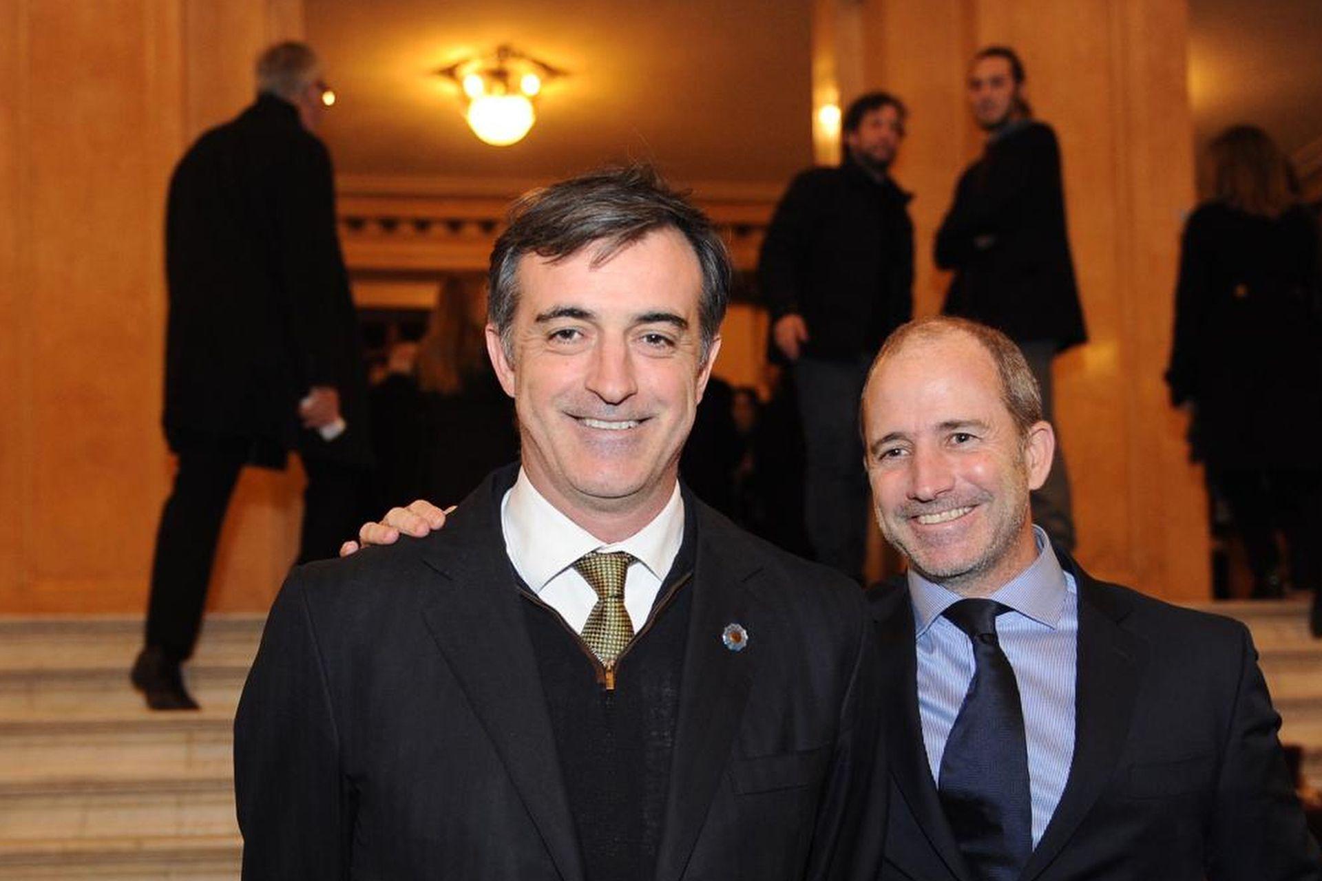 El senador nacional Esteban Bullrich y Gervasio Marques Peña, de LA NACION