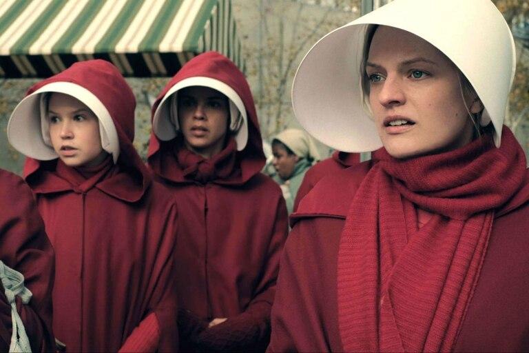 Elisabeth Moss regresa para más oscuridad en Gilead