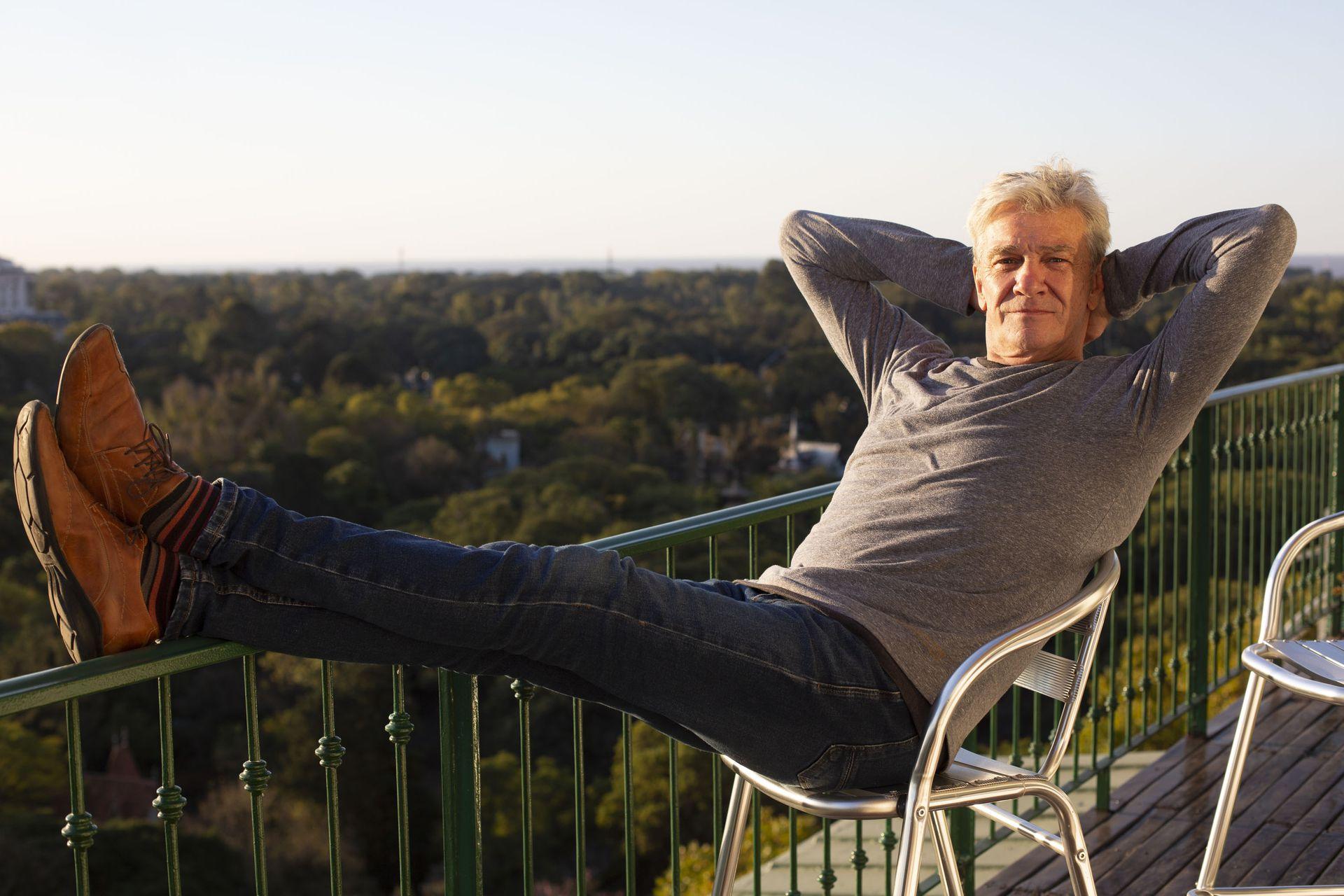 Fernando Lúpiz vuelve a las tablas y repasa su trayectoria en el cine, el teatro y la televisión