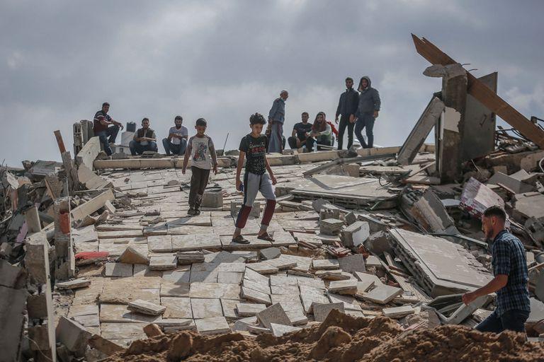 En Beit Lahia, un edificio destruido por un misil