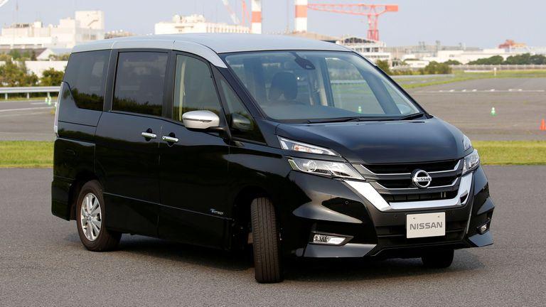 La minivan Serena de Nissan