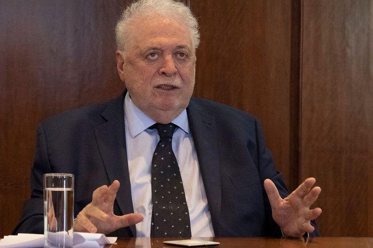 """González García: """"el sistema de salud tiene una tremenda desfinanciación"""""""