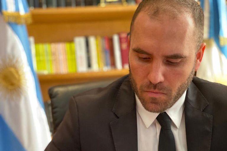 """Para Guillermo Calvo, el economista Martín Guzmán """"debe ser el único economista que dice que las reservas no se acaban"""""""
