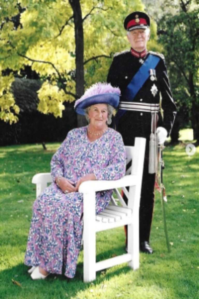 A sus 19 años, Lady Mary Colman se casó con Sir Timothy Colman, en una boda a la que, por supuesto, la Reina Madre, Isabel II y la princesa Margarita estuvieron invitadas