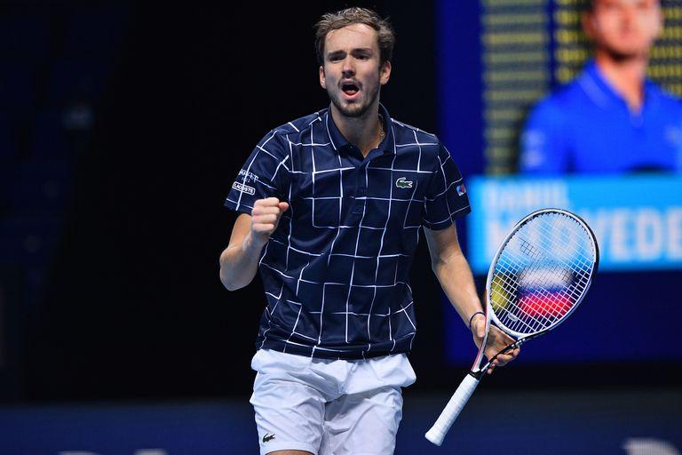 Daniil Medvédev se quedó con el duelo ante Rafael Nadal y jugará la final del Masters de Londres