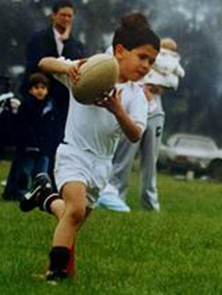 Tute, en la infancia, con la guinda; una pasión que lo llevó a las semifinales de la Copa del Mundo