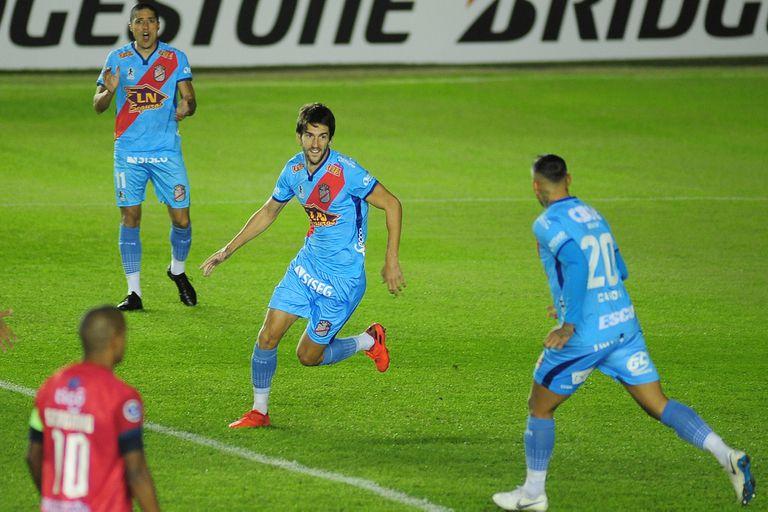 Arsenal. Una goleada 3-0 a Wilstermann para tomar impulso en la Sudamericana