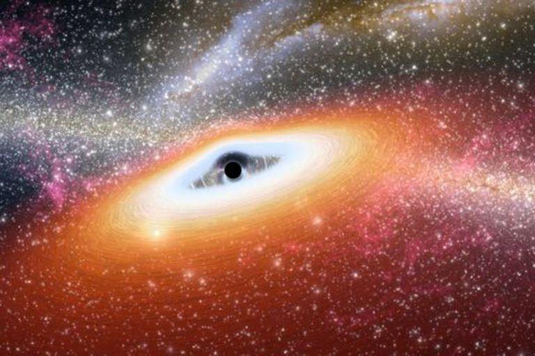 Los agujeros negros fueron los que hicieron que Mack se interesara por el universo.