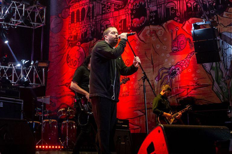Don Osvaldo estrenó en vivo sus nuevas canciones en Baradero