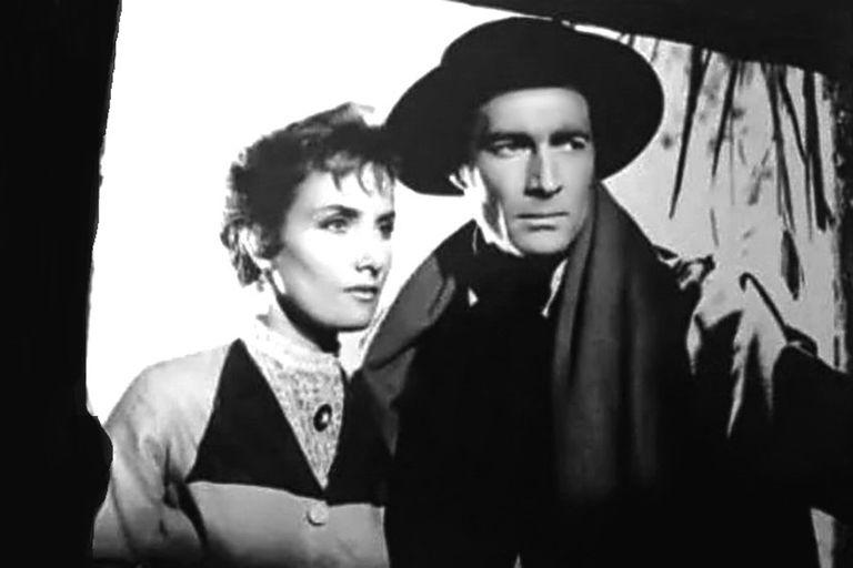 Junto al actor Luis Dávila, en 1959