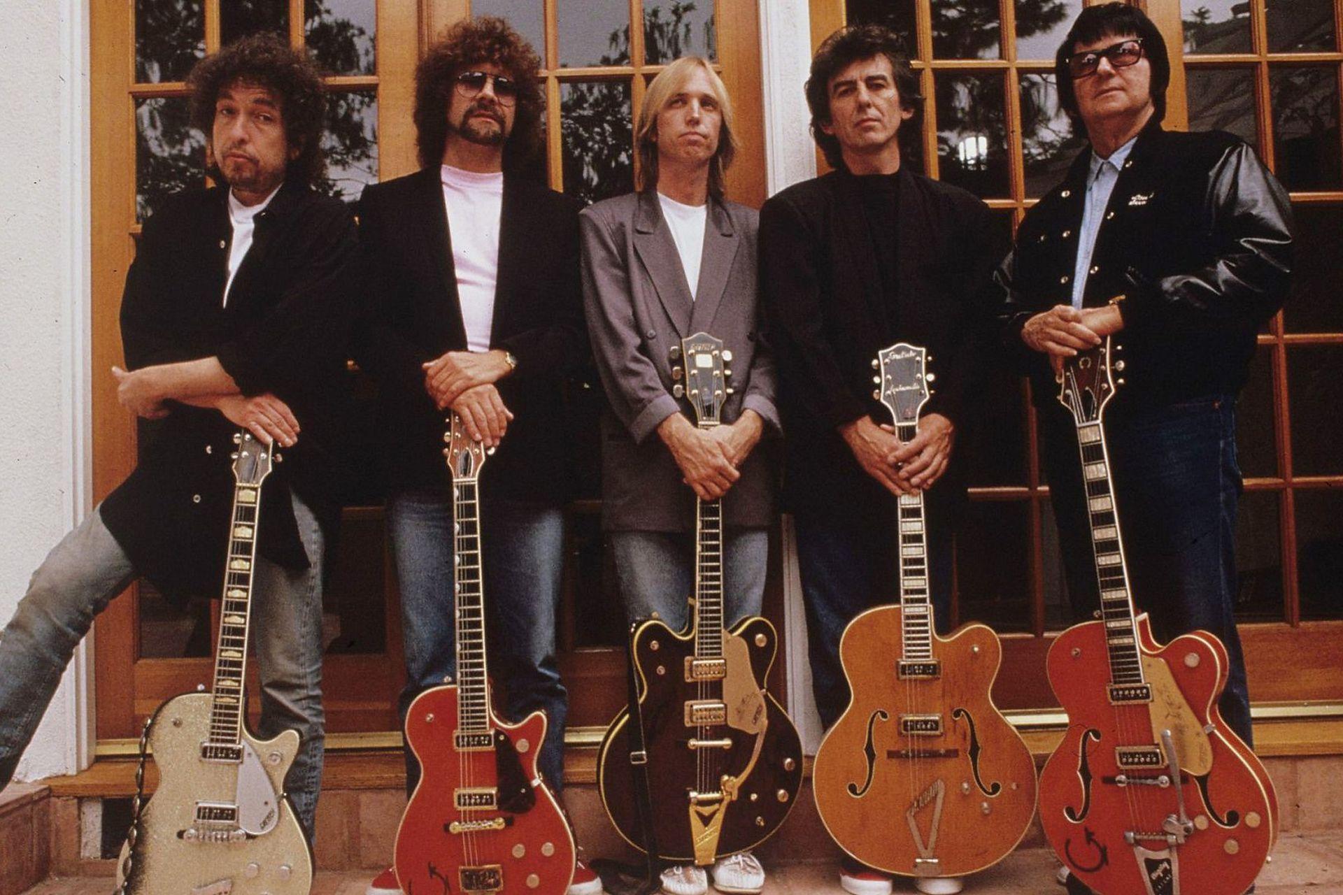Traveling Wilburys el 8 de mayo de 1988: Bob Dylan, Jeff Lynne, Tom Petty, George Harrison y Roy Orbison