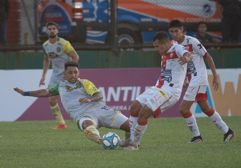 Aldosivi fue sorprendido por Talleres, de Remedios de Escalada, en los 32os de final por la Copa Argentina.