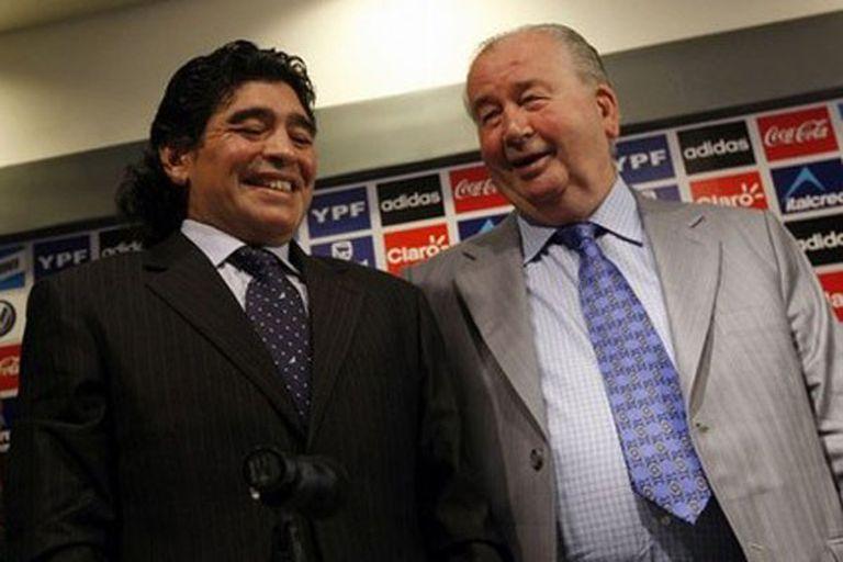 """La muerte de Maradona: """"Mi papá hubiera movido cielo y tierra para salvarlo"""""""