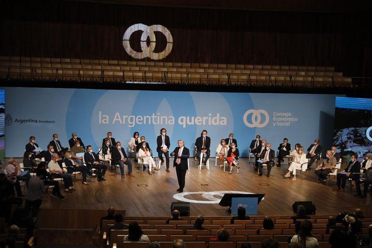 Con una fuerte apelación al diálogo, Alberto Fernández presentó el Consejo Económico