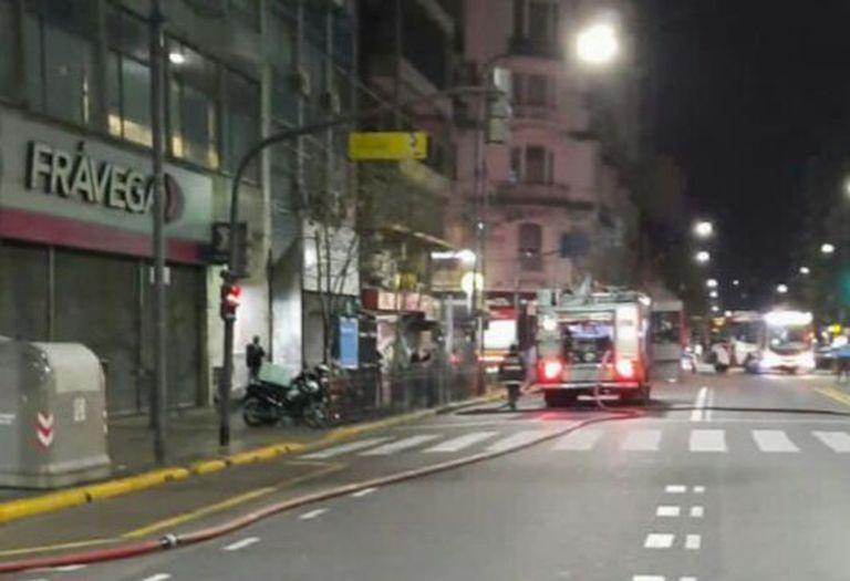 Al menos siete heridos tras el incendio de un departamento