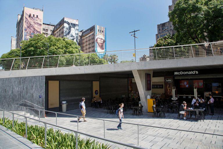 Plaza Houssay: con demoras por filtraciones, los cines abrirán en marzo