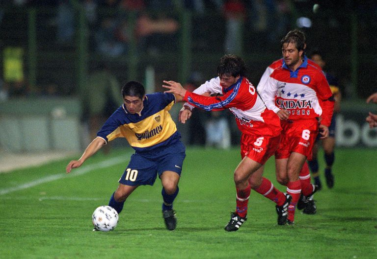 Mala fama: la marca personal, de Pelé y Maradona a Riquelme y Messi