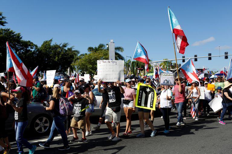 Protestas para pedir la renuncia del gobernador Ricardo Rossello en San Juan, Puerto Rico