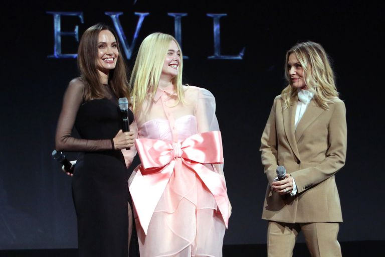Angelina Jolie, Elle Fanning y Michelle Pfeiffer en D23