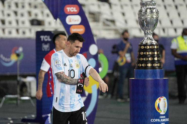 Messi, capitán de la Selección argentina, en el partido contra Chile por Copa América