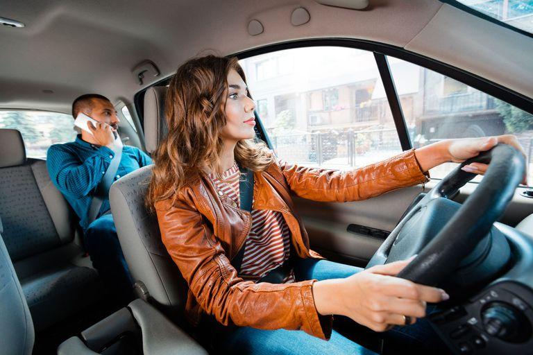 Uber Ellas: un servicio para que las conductoras decidan a quién llevar