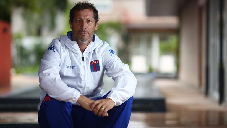"""Pedro Troglio: """"No hay nada más saludable que levantarte para ir a entrenar"""""""