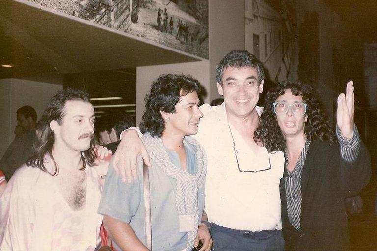 Víctor Heredia, Verónica Castro, Ricardo Montaner y más celebridades despidieron desde las redes sociales al cantautor, que murió hoy a los 79 años