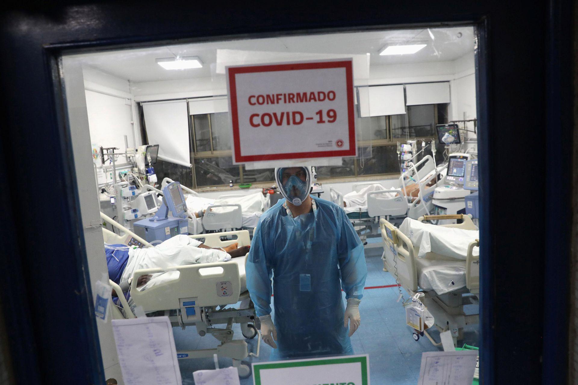 El sistema de salud chileno funciona exigido en su capacidad