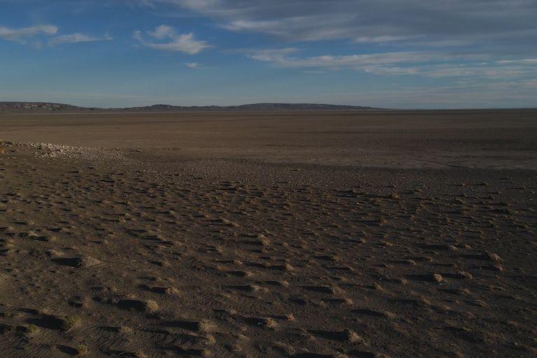 Chubut. El lago que se volvió desierto para darle agua a Comodoro Rivadavia