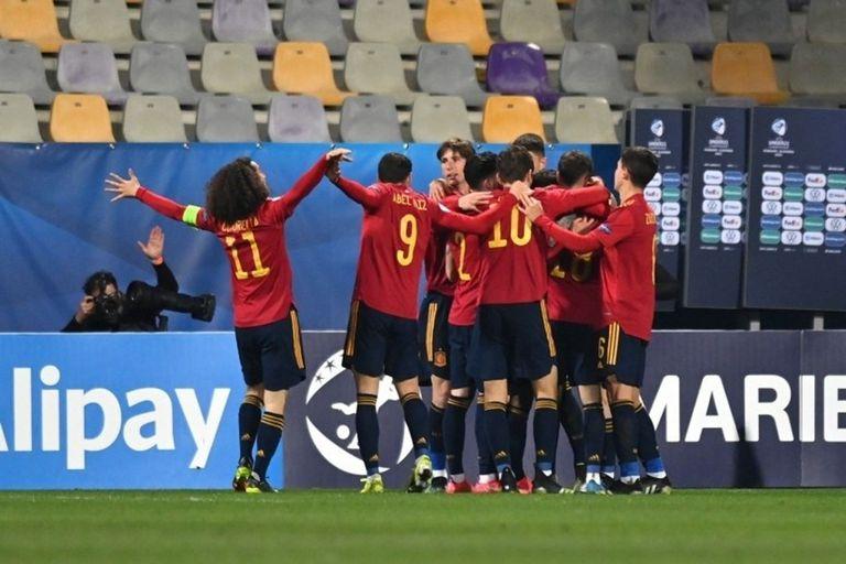 26-03-2021 Los jugadores de la selección Sub-21 celebran uno de sus goles en el partido ante Eslovenia del Europeo de 2021 EUROPA DEPORTES ESLOVENIA PRENSA RFEF