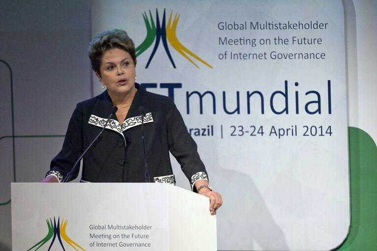 Dilma Rousseff habla en la apertura de la Conferencia Internacional sobre Gobernanza en Internet