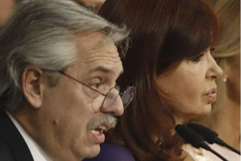 Según la última encuesta de Opinaia, la vicepresidenta Cristina Kirchner es la que toma las decisiones de gobierno y no el presidente Alberto Fernández