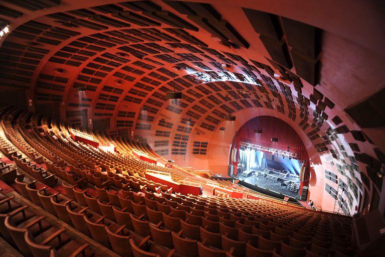 El Teatro Gran Rex es de las piezas del Art Decó local más representativas y mejor conservadas