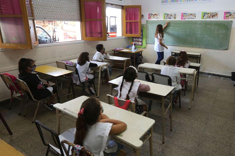 La vuelta a la presencialidad beneficia a 3.260.000 alumnos y alumnas