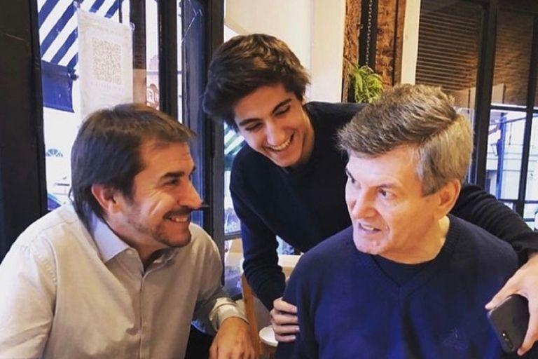 Carlos Calvo en una imagen junto a su hijo mayor, Facundo, y su amigo íntimo Javier Faroni